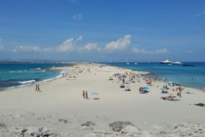 5. Playa de Ses Illetes, Formentera, España