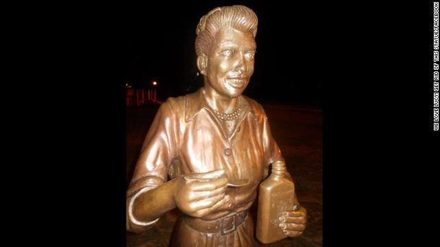 La polémica estatua de Lucille Ball