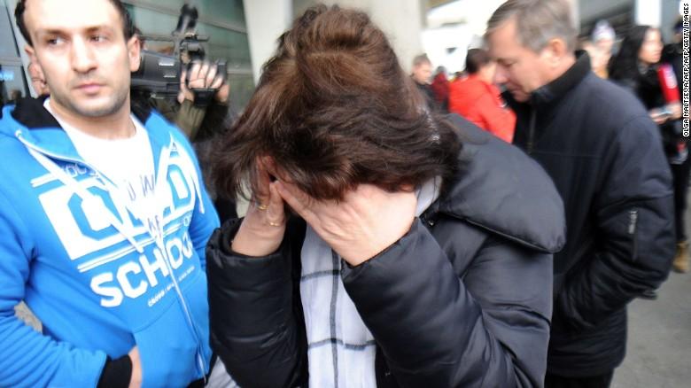 http://i2.cdn.turner.com/cnn/dam/assets/151031070407-russia-petersburg-egypt-plane-crash-exlarge-tease.jpg