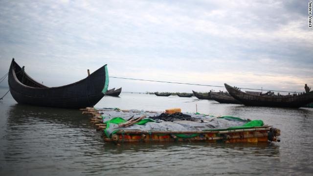 http://i2.cdn.turner.com/cnn/dam/assets/171114160848-01-rohingya-myanmar-border-1112-story-top.jpg