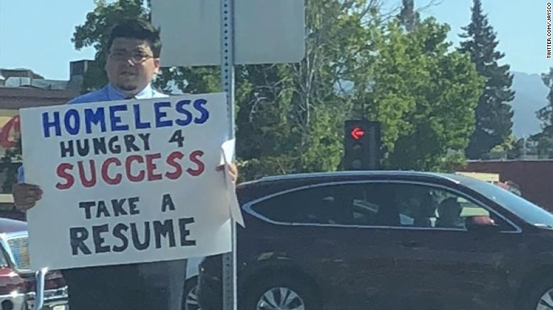 Homeless man hands out resumes in Silicon Valley, gets more than 200 ...