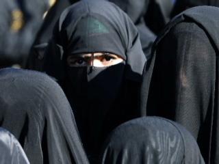 Des femmes iraquiennes attentat-suicide