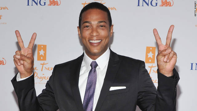 Don Lemon poses on the red carpet at a fundraising event for gay youth suicide prevention.