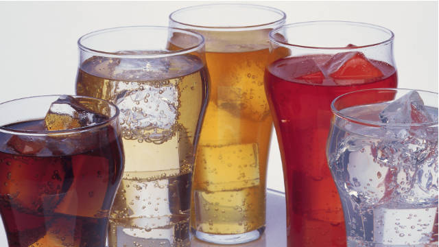 Americans get 8% of daily calories from sugary drinks, a study from the CDC's National Center for Health Statistics says.