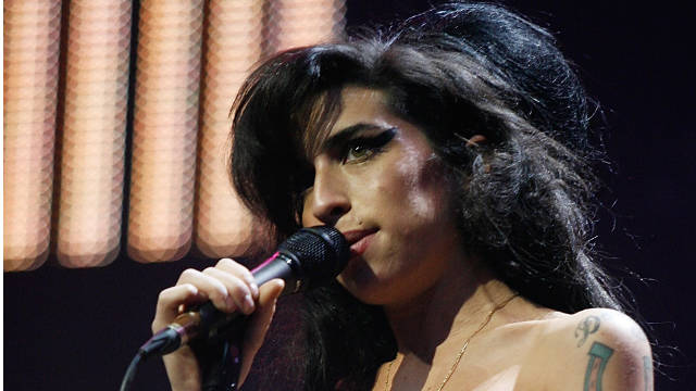 Amy Winehouse died from alcohol poisoning