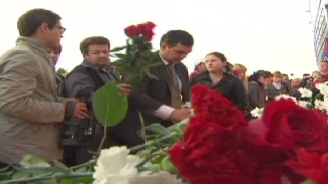 Russia mourns plane crash victims