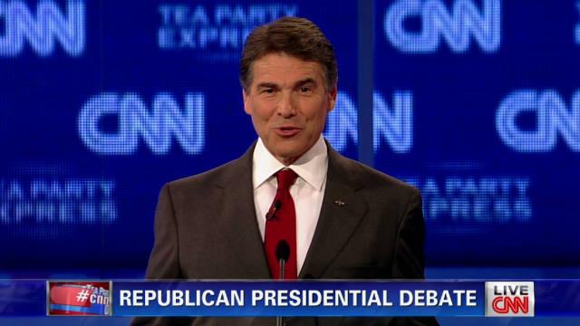 Perry, Romney spar over Social Security