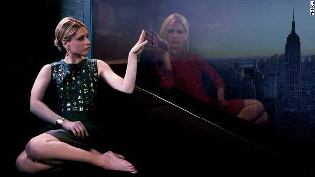 "Sarah Michelle Gellar stars as twins Bridget Cafferty and Siobhan Martin in The CW's new series, ""Ringer."""