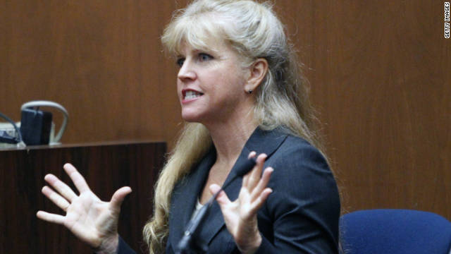 Witness: Murray asked for CPR device