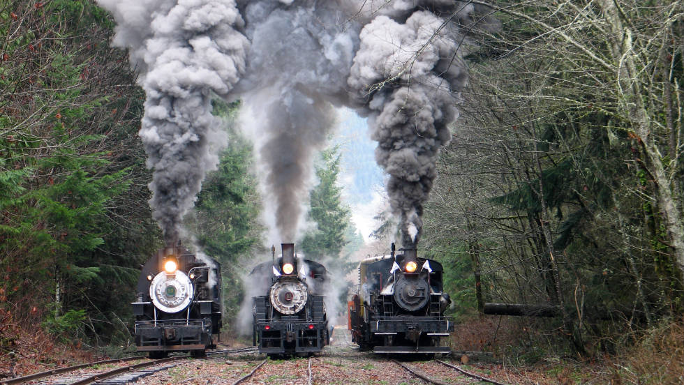 Autumn color rides on Washington's Mt. Rainier Scenic Railroad are offered Saturdays and Sundays from October 2 to 16.