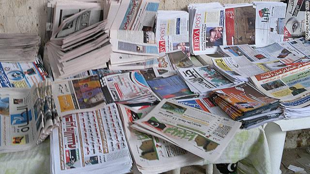 A well-stocked newspaper stand in Benghazi, Libya. Photo: Torben Brandt/IMS