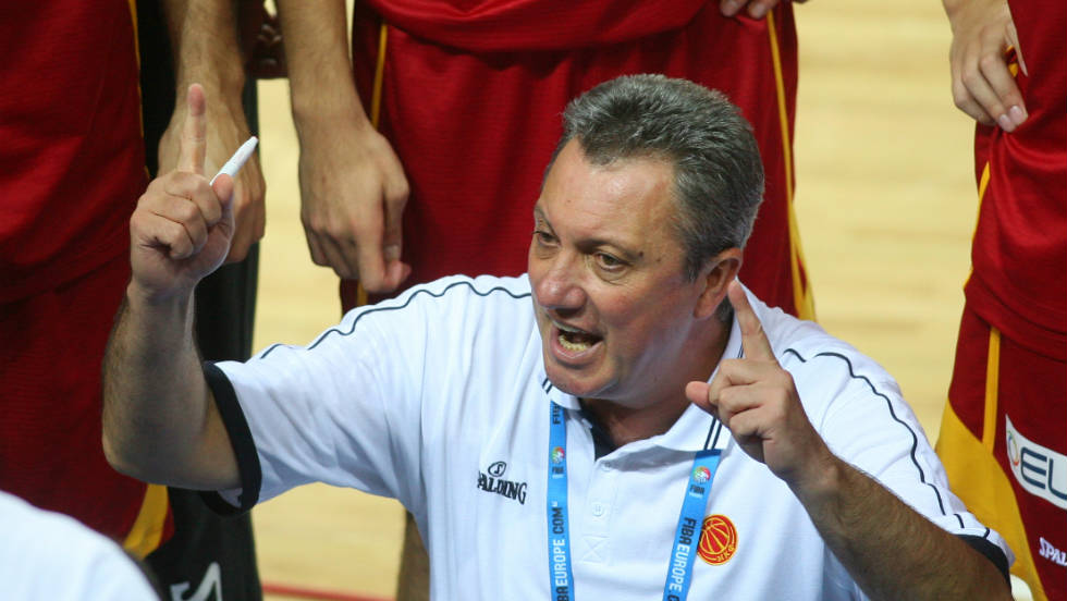 Macedonia coach Marin Dokuzovski lays down the law during a time-out.