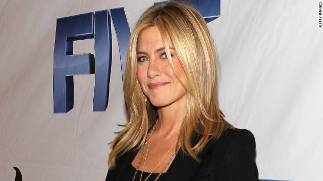 Jennifer Aniston remains mum about her romance with Justin Theroux.