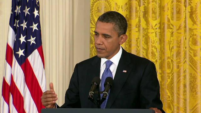 Obama stands by AG Holder