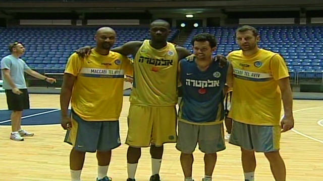 Locked out NBA players play in Israel