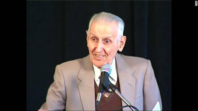 The machine used by Dr. Jack Kevorkian in more than 100 assisted suicides is part of the auction.