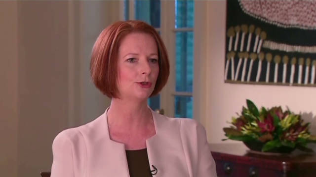Prime Minister Julia Gillard's government says it's committed to holding a referendum on constitutional change.