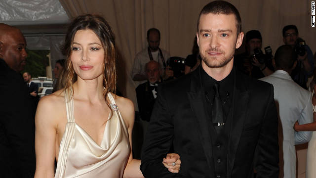 Jessica Biel and Justin Timberlake stole a few intimate moments together, according to an onlooker.