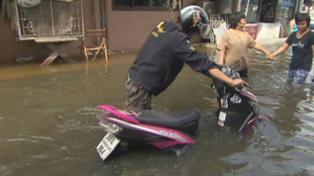 Heavy cost of Thai floods