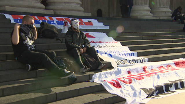 Occupy London protest grows
