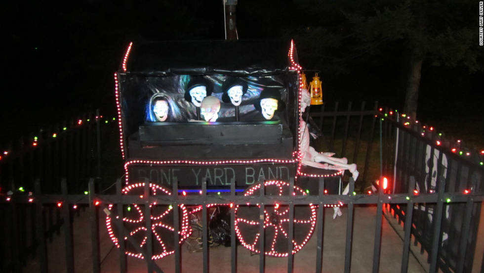 Haunted Hollow's animatronic Bone Yard Band sings for visitors.