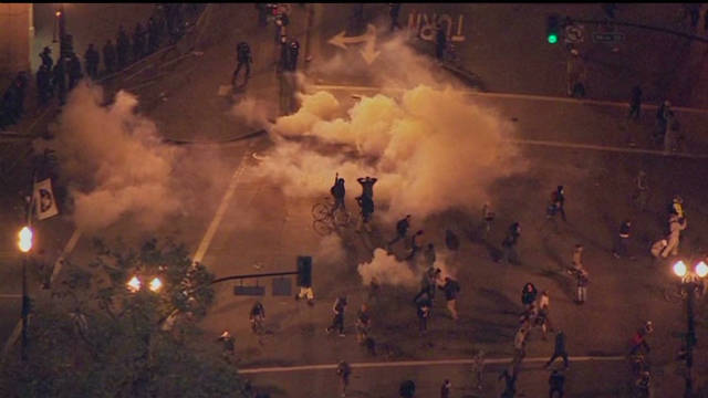Occupy protests turn violent in Oakland