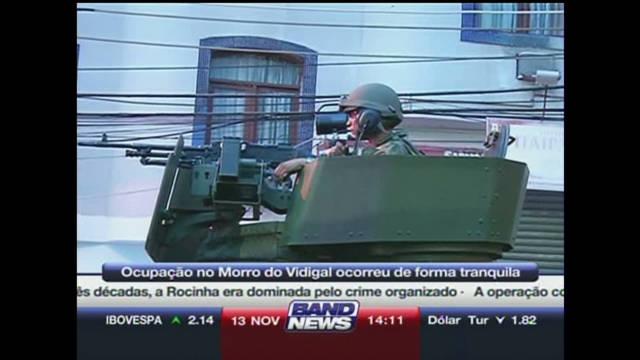 Police raid notorious Rio shantytown