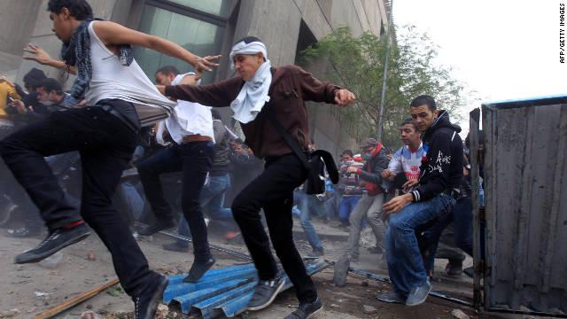 Egypt's economy grinds to a halt