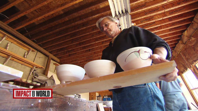 Potter throws bowls to fight hunger