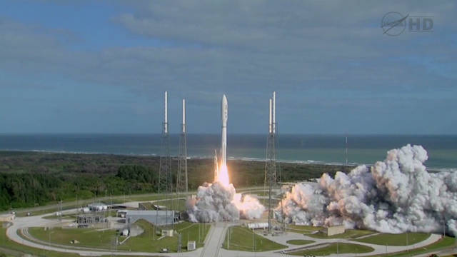'Curiosity' blasts off for Mars
