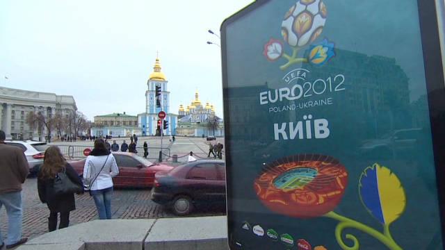 ws euro 2012 hosts _00002009