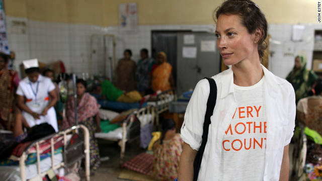 Christy Turlington Burns visits the  Dhaka Medical College in Dhaka, Bangladesh.