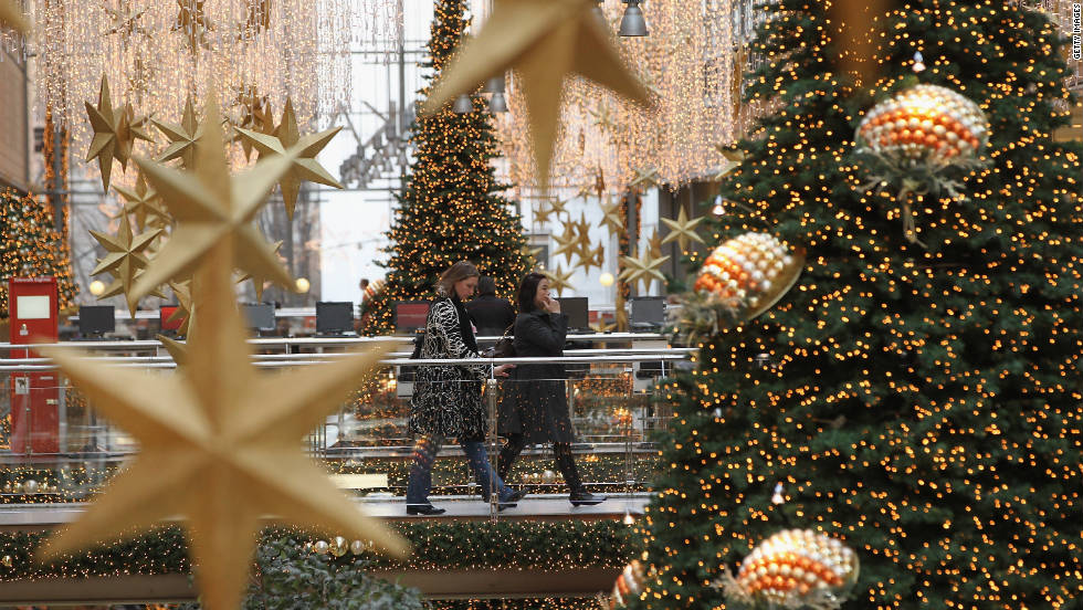 You head to the mall with a list: golf balls for your mom, sunglasses for your cousin, shoes for your best friend. But how many of these gifts that you've spent hours stressing over and shopping for will end up sitting in a closet, dropped off at Goodwill or worse: regifted? This year, there's a more meaningful way to shop for your loved ones and make a difference. Check out these gifts that give back: