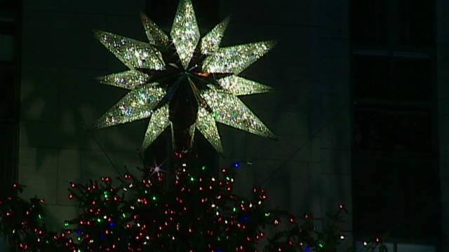 vo ny tree lighting_00003908