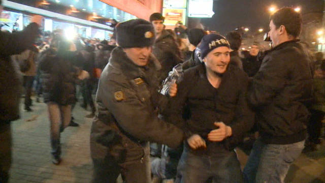 Demonstrators clash with police in Russia