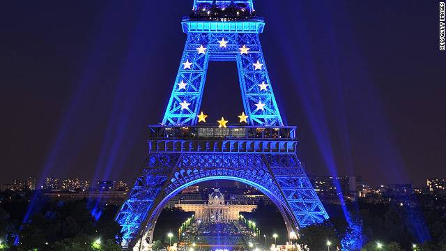 PARIS - JUNE 30: The Eiffel Tower is illuminated in blue with gold stars, representing the EU flag, to mark the French European Union presidency on June 30, 2008 in Paris, France. French President Nicolas Sarkozy assumed leadership of the European Union and will hold the title for six months. (Photo by Pascal Le Segretain/Getty Images)