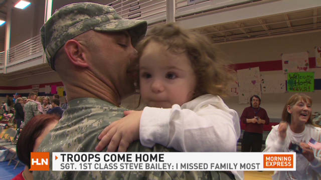 Soldiers return to Ft. Hood from Iraq