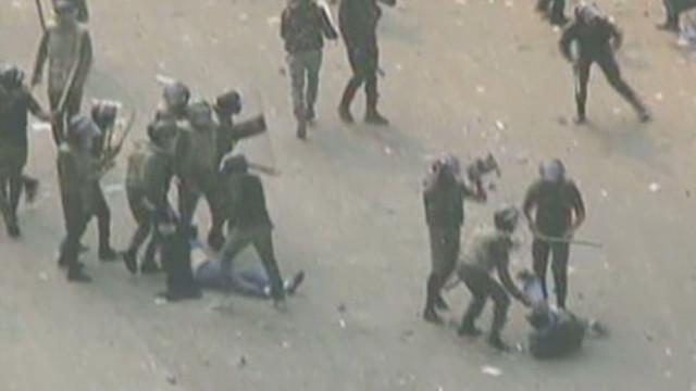 Egyptian protests turn violent