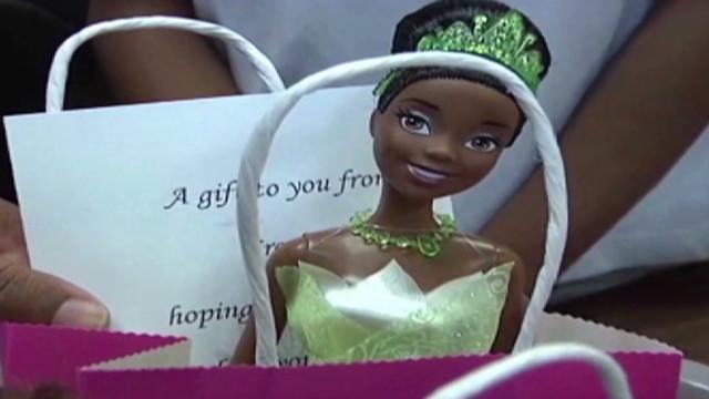 Barbie dolls get natural-hair makeover