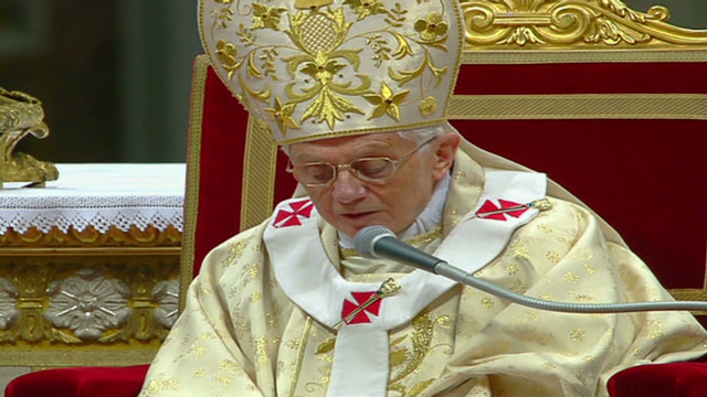 Pope celebrates Christmas Eve Mass