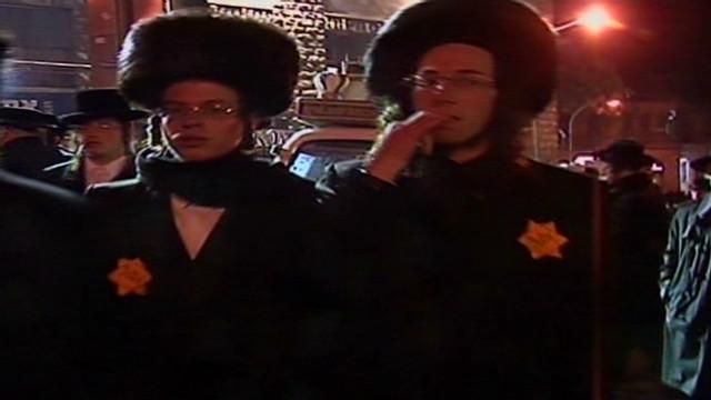 Israelis use Holocaust symbol in protest