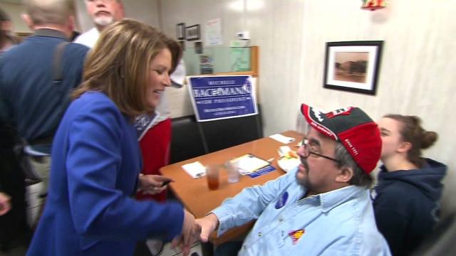 Candidates make final push ahead of Iowa