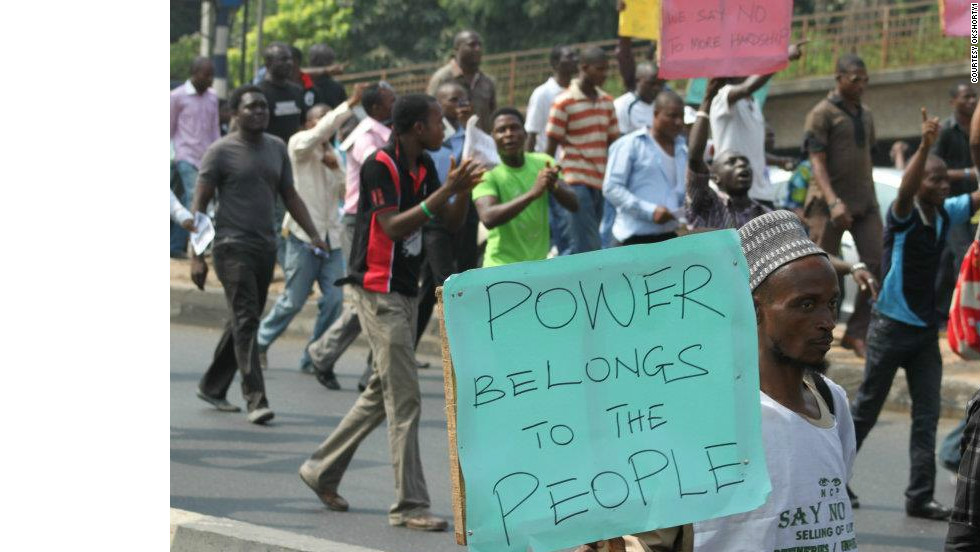 This photo of protests on Ikorodu Road was taken by iReporter OKshorty1.