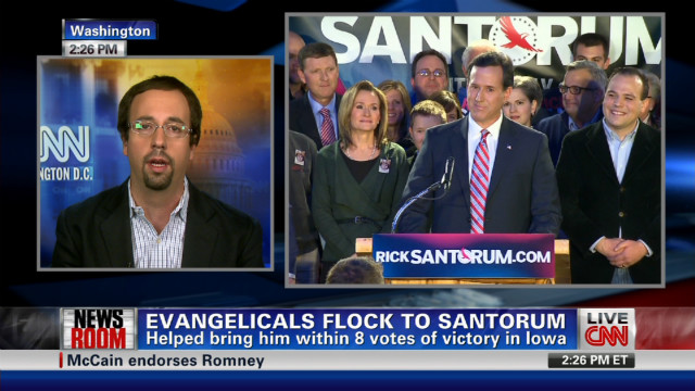 Evangelicals flock to Santorum
