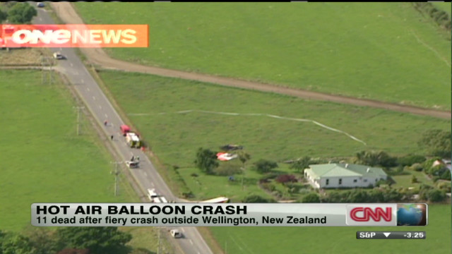 wr hot air balloon crash in new zealand_00003929