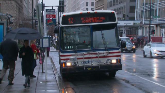 DC Metrobus crashes caught on camera