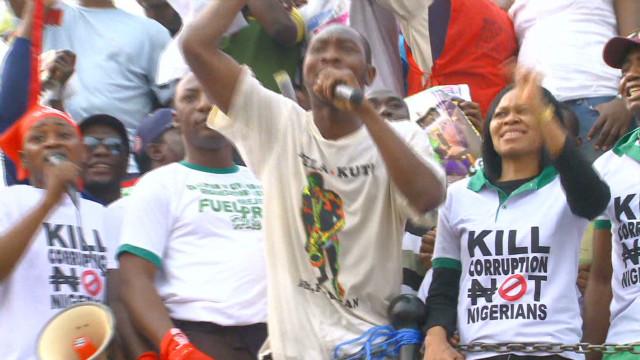 Nigerians turn attention to corruption