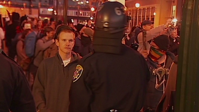 Oakland police clash with protesters