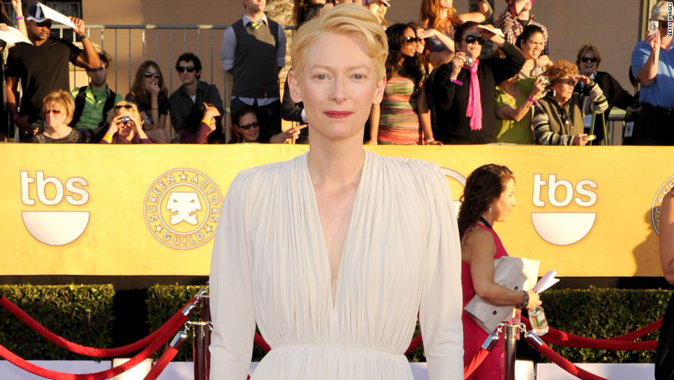 tilda swinton sag fashion