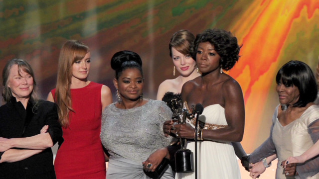 'The Help' gets top honors at SAG Awards